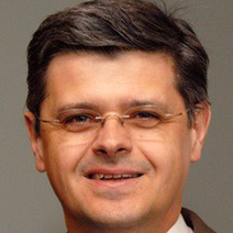 Arno Schubach Portrait